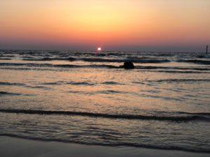 近くにある海